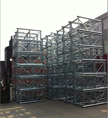 Twin Cage Lifting Construction Hoist Parts Dengan penyeimbang